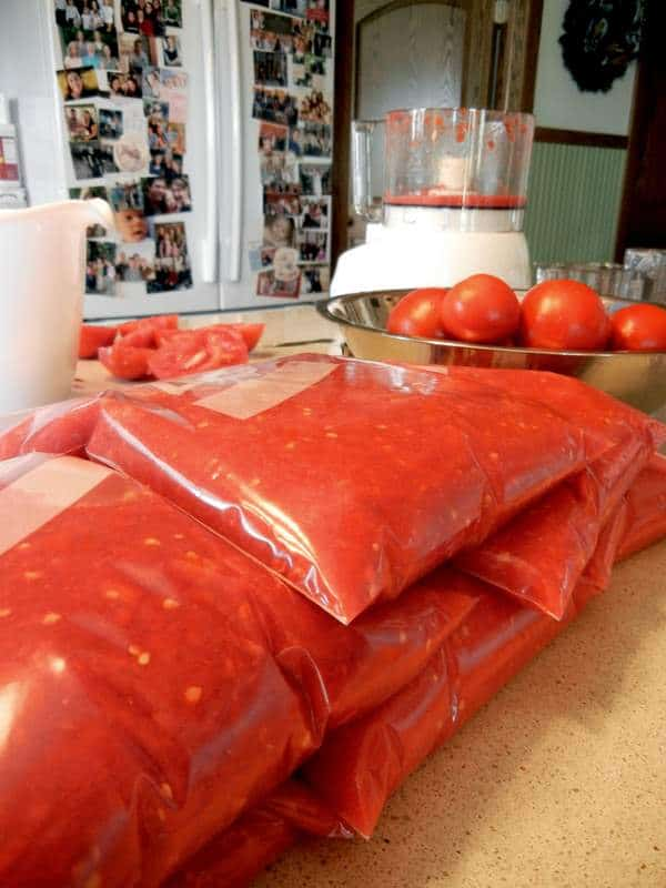 freezing tomatoes in quart bags, Ziploc freezer bags, homemade, food processor